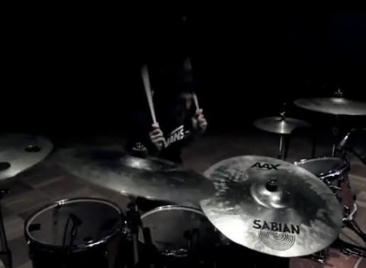 国外帅气鼓手Matt McGuire爵士鼓演奏First Date Drum Cover